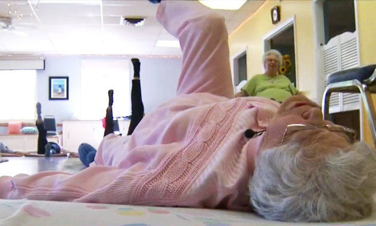 104-Year-Old-Yogi-Still-Teaching-and-Thriving-1